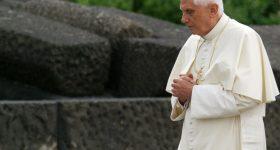 """""""Mahomet przyniósł rzeczy złe i nieludzkie"""". Benedykt XVI – papież, który przewidział islamską inwazję!"""